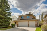 17 Sunset Cl Se | Calgary-Sundance